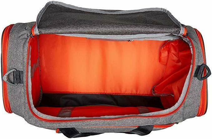 NEW NWT UNDER MEN STORM UNDENIABLE DUFFLE BAG