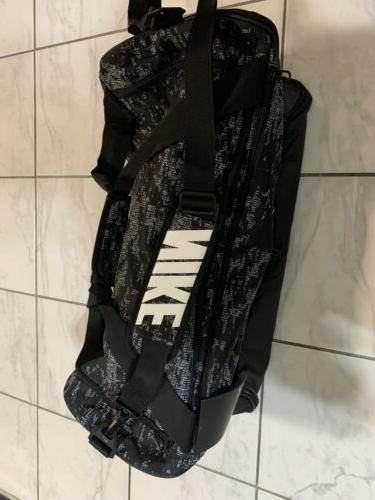 NWT NIKE Medium Training Duffel Bag