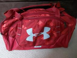 NWT Under Armour Undeniable 3.0 Duffle Bag /SIZE Medium. Bra